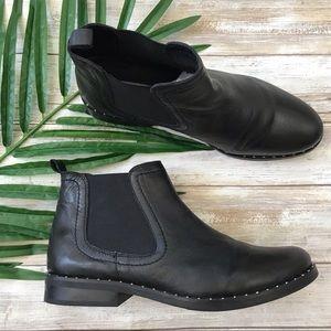 Steve Madden Brenna Black Leather Chelsea Boots